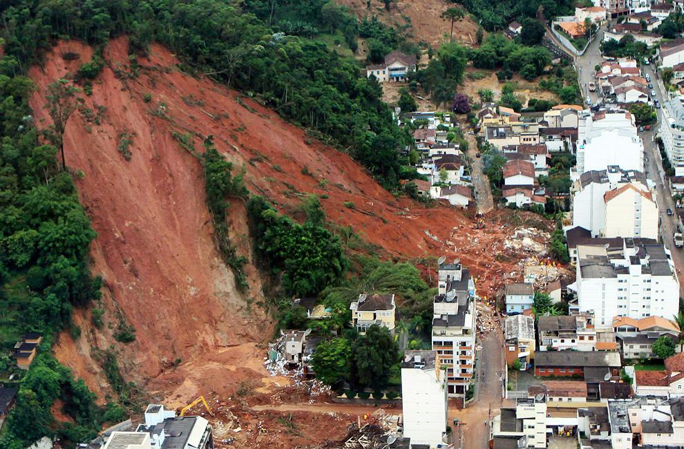 Deslizamentos de terra no Brasil (1/3)